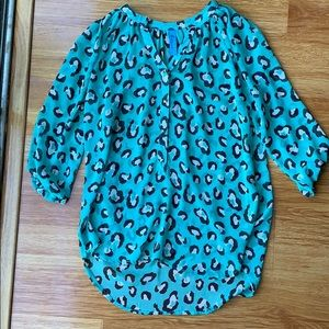 Buttons brand leopard work blouse